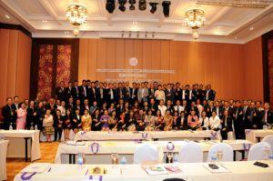 นายธีระพงษ์ ประชุมผู้บริหารขนส่งทั่วประเทศ ณ จังหวัดนครปฐม ประจำปี 2558