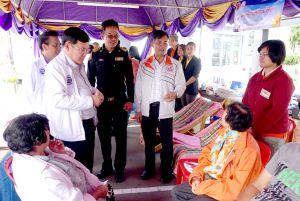 ตรวจเยี่ยมและให้กำลังใจในการปฏิบัติงานของอาจารย์และนักศึกษา ที่ให้บริการและให้ความช่วยเหลือตรวจเช็คสภาพรถของประชาชนที่เดินทางในช่วงเทศกาลปีใหม่ 2562 ณ สถานีบริการเชื้อเพลิงกองบิน 23 จ.อุดรธานี