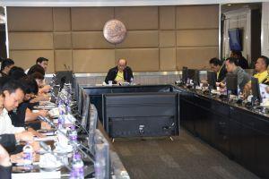 ประชุมหารือร่วมกับศูนย์บริการสื่อสารรถยนต์รับจ้างสาธารณะ (TAXI) และหน่วยงานที่เกี่ยวข้อง