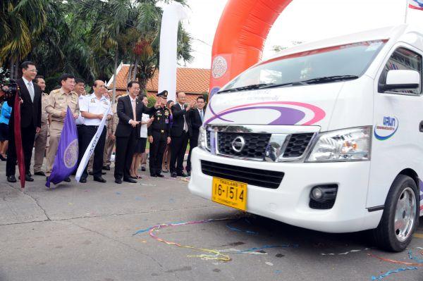 แถลงข่าวการเตรียมความพร้อมบริการประชาชนรถตู้ที่จดทะเบียนใหม่